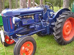 Ford 4000 Tractor, ford tractor wallpapers - JohnyWheels