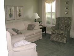 Furnishing A Small Living Room by How To Use Living Room Decorating Ideas For Small Spaces Amazing Decorate A