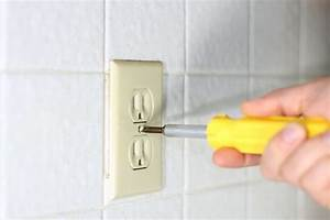 How To Hook Up An Electrical Outlet  With Pictures