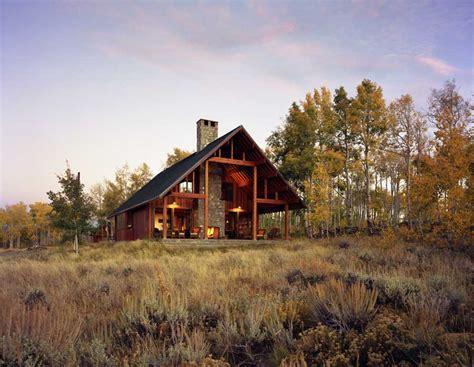 Colorado House: Jackson County House, Home   e architect