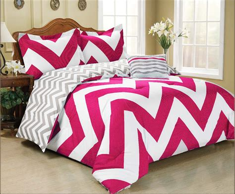 Pink Chevron Bedding by Pink And Black Bedding Sets Ease Bedding With Style