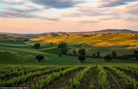 italian landscape pictures dazzling photos of landscape in italy and france by alessio andreani daily mail online