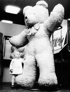 Little Girl With Teddy Bear Tumblr