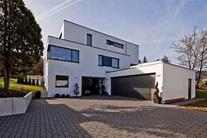 Fertighaus Baden Württemberg : neubau einfamilienhaus mit doppelgarage in lorch baden w rttemberg h user von br gel eickholt ~ Frokenaadalensverden.com Haus und Dekorationen