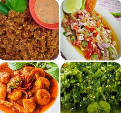Berikut ini 40 di antaranya. Poster Makanana Daerah Indonesia : Merdekabelajar On ...