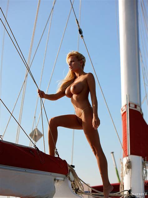 Gina Lisa Lohfink Nude Pics Page