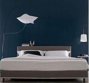 Gris Et Bleu : best 25 deco chambre bleu ideas on pinterest design de chambre coucher gris peinture de ~ Dode.kayakingforconservation.com Idées de Décoration