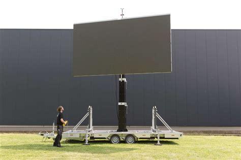 led wand kaufen led trailer und mobile wand mieten 30 minuten aufbau