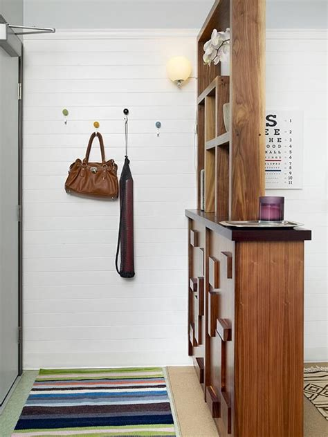 Foyer And Living Room Divider Ideas by 1000 Ideas About Room Divider Shelves On