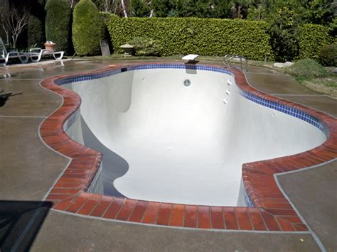 plaster reyes pool plastering