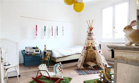chambre indien un tipi dans sa chambre d 39 enfant une hirondelle dans les