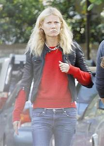 Gwyneth Paltrow shopping with monogrammed bag with Chris ...