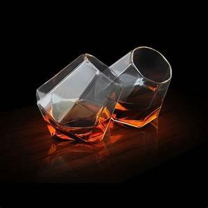 Service A Whisky : verres whisky en forme de diamant diamond glass effront ~ Teatrodelosmanantiales.com Idées de Décoration