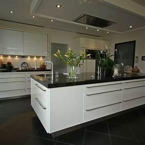 Küchen Modern Weiß : galerie k chen ~ Markanthonyermac.com Haus und Dekorationen