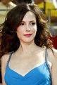 Mary-Louise Parker Workout Routine - Celebrity Sizes