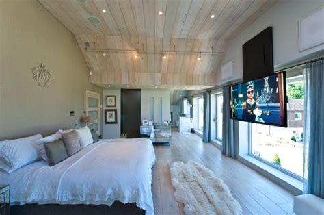 Tv In Bedroom Design Ideas by 16 Contemporary And Modern Bedroom Designs With Tv