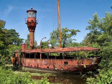 French Guyana & Surinam - Visible Shipwrecks