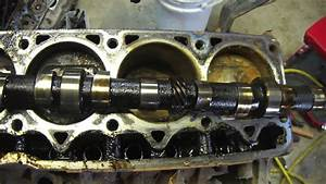 Removal And Inspection Of A Camshaft And Lifters