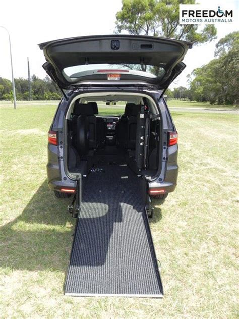 honda odyssey wheelchair accessible vehicles wheelchair