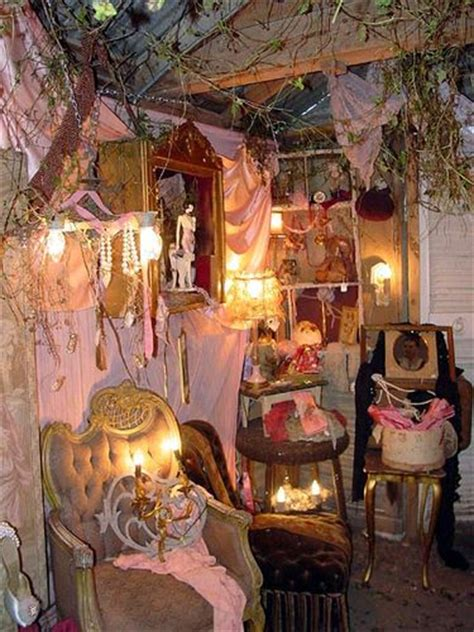 junk bedroom makeover junk by carries2luvs via flickr decor brocante 15677