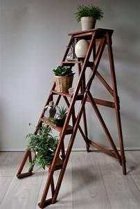 Echelle En Bois Déco : escabeau ancien en bois par naphtalinebrocante sur etsy ~ Dailycaller-alerts.com Idées de Décoration
