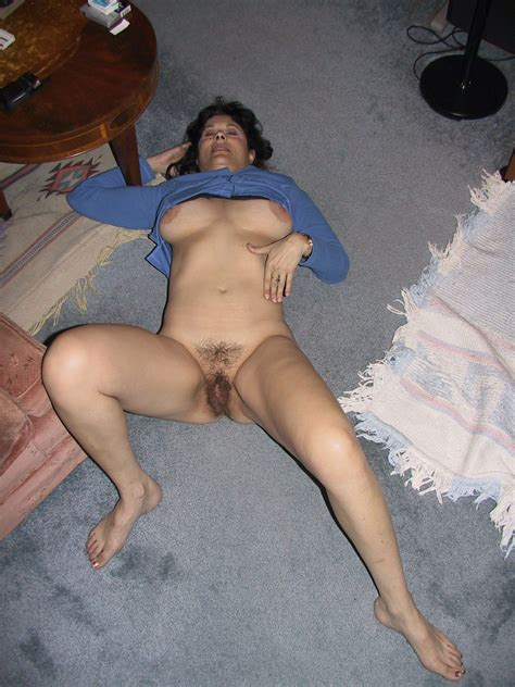 Mom Of 2 Lusy Fay Shows Sexy Body Nude Big Tits Pictures