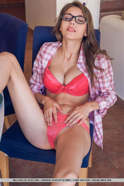 Hot Coed Mila Azul Gets Naked For You In Prisenti Coed