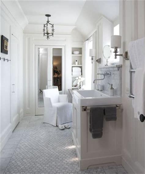 Marble Hexagon Floor Tile Bathroom by White Tile Floor Bathroom 2017 Grasscloth Wallpaper