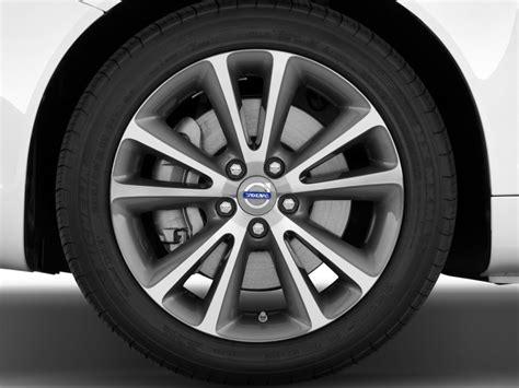 volvo   recalled  incorrect tire pressure