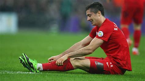 Hoeneß ist kurz das herz stehengeblieben. Robert Lewandowski verletzt: Kein Auftritt im Länderspiel