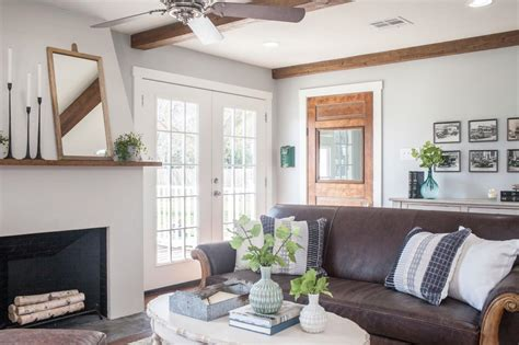 Grey Living Room Hgtv by Neutral Cottage Living Room With Leather Sofa Hgtv