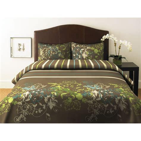 green bedding images  pinterest bedroom ideas