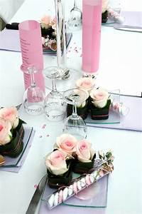 Deko Für Hochzeitstisch : hochzeit tischdekoration mit rosen bildergalerie ~ Markanthonyermac.com Haus und Dekorationen