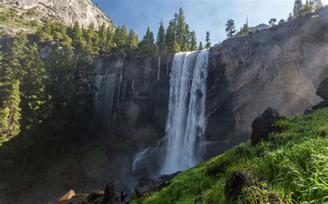 Yosemites Waterfalls Are Roaring Back To Life After Years