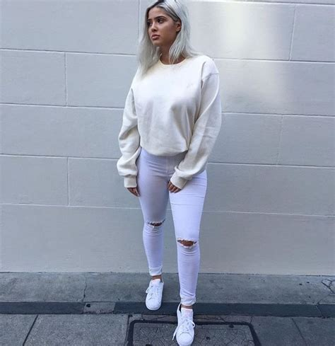 Bombshellssonly u201c@milanastano u201d | fit | Pinterest | White jeans Fall outfits and Instagram