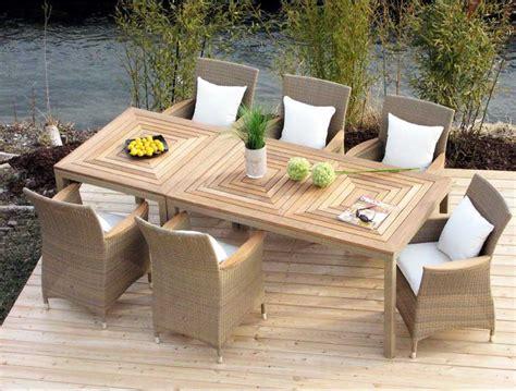 Rattansessel Mit Tisch by G 252 Nstige Gartenm 246 Bel Rattan Bestehen Aus Holzstuhl