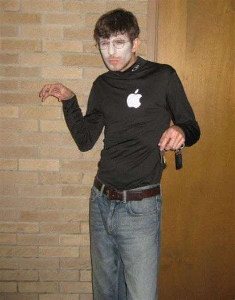 ready  halloween  checking   apple themed