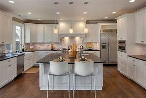 Island vs Peninsula: Which Kitchen Layout Serves You Best