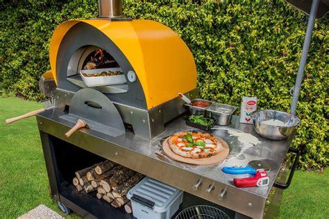 forno pizza da terrazzo forno pizza e barbecue da giardino prezzi forno e