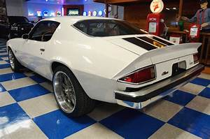 1974 Chevrolet Camaro Z  28  U2013 Antique White    Black  U2013 A U0026e