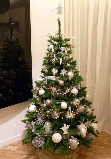 arboles navidad en ikea color blanco oro y plata ideas para los adornos navide 241 os
