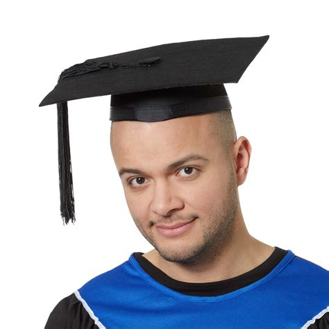 chambre princesse adulte chapeau d 39 étudiant diplômé accessoires kiabi 4 00