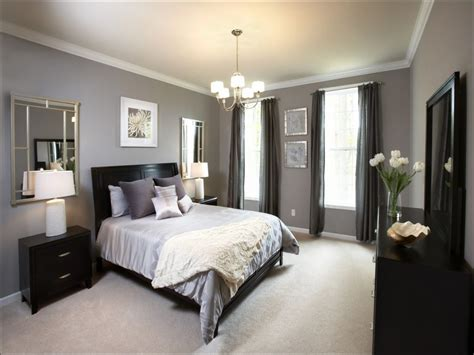 Bedroom Decor Ideas In Grey by Master Bedroom Decorating Ideas With Gray Walls The