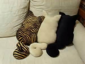 cat pillows cat looking decorative pillows home design garden