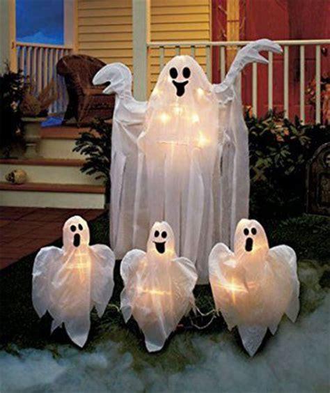 15+ Cheap, Home Made, Indoor & Outdoor Halloween