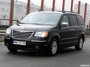 Mondial De L U0026 39 Auto   Chrysler Grand Voyager 2014