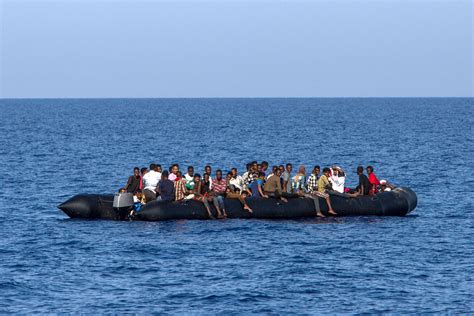 Libya To Italy By Boat 2017 by Libyan Armed Is Stopping Migrants From Leaving Time