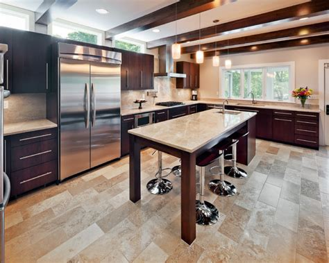Lake Winnebago Remodel Kitchen Island