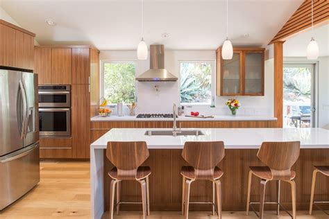 cuisine teck meuble cuisine en bois massif meubles cuisine anciens