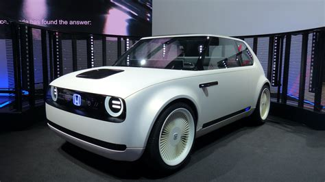 Honda Wins With This Fantastic Electric Retrofuture Concept